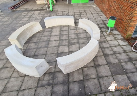 Bench natural concrete oval