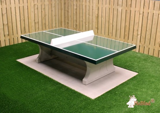Concrete base plate for tennis table