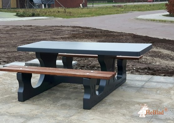 Concrete Picnic table DeLuxe Anthracite Wheelchair accessible