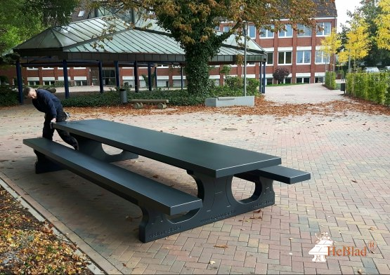 Concrete Picnic table Standard XL Anthracite